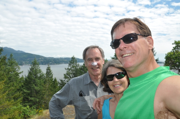 Dave Val and Darcy at Dorman Pt lookout